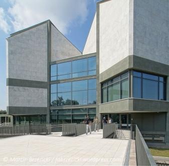 Museum of Modern Art / Ivan Antić and Ivanka Raspopović